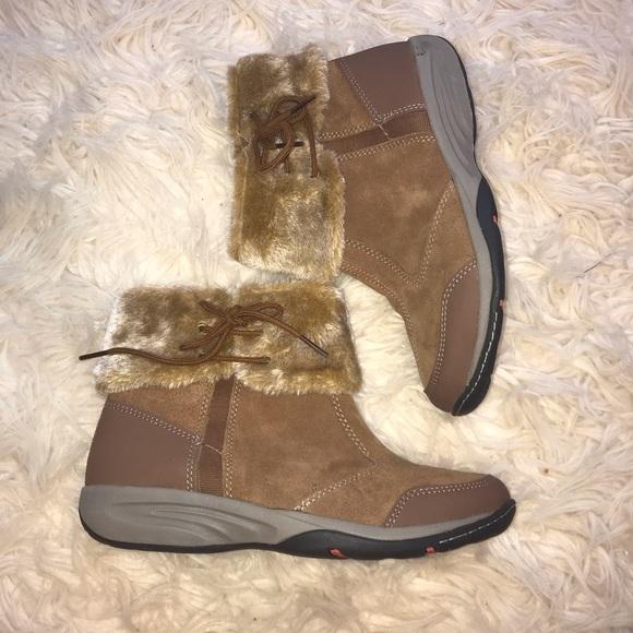 Easy Spirit Nuria Explore 24 Womens Round Toe Leather Winter Boot Black